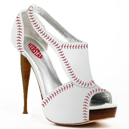 Baseball high-heeled shoes